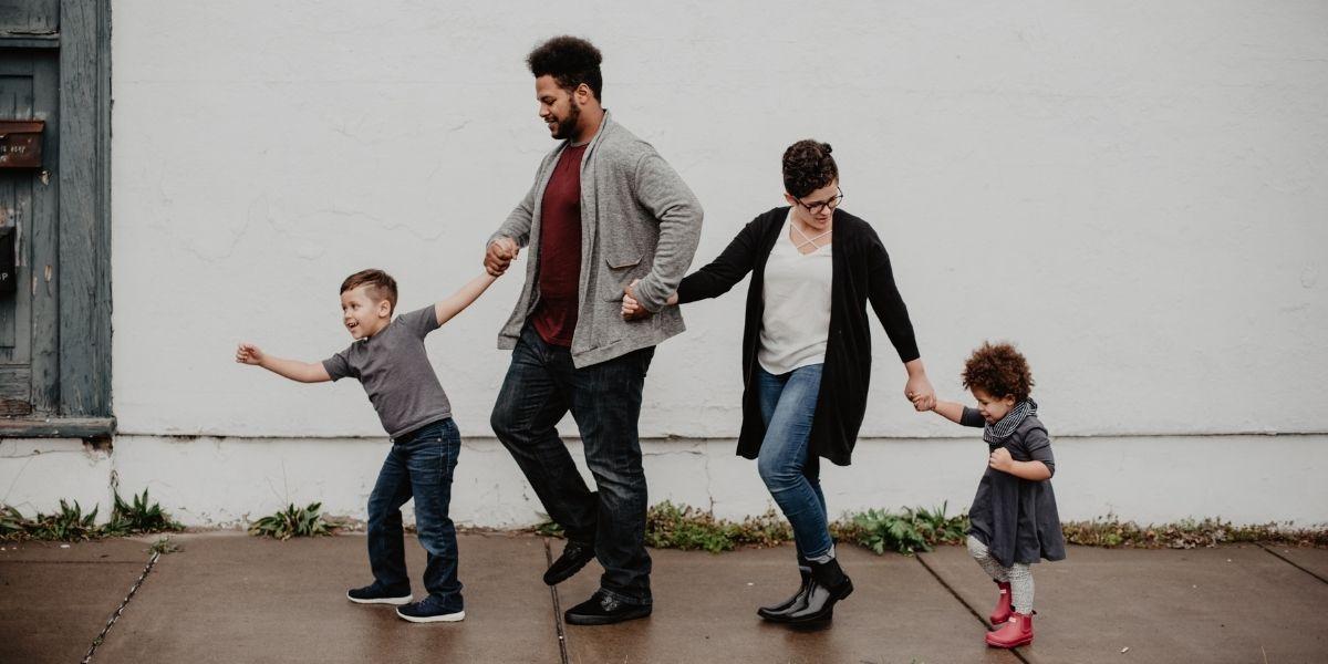 quand-changer-ortheses-enfants-famille