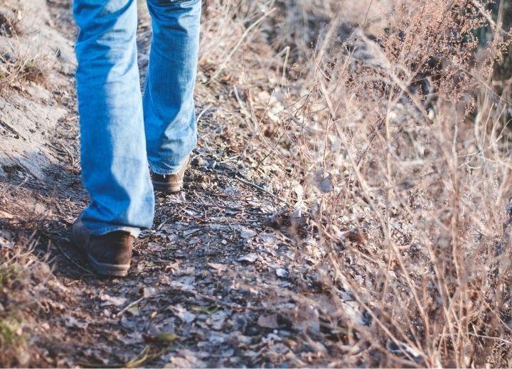 J'ai mal au pied : 5 douleurs expliquées par notre expert